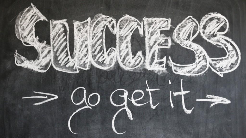 si sois emprendedores y queréis empezar una actividad empresarial nosotros te ayudaremos a empezar.